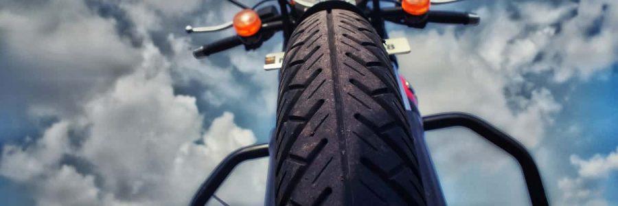 escolhendo bom pneu para moto